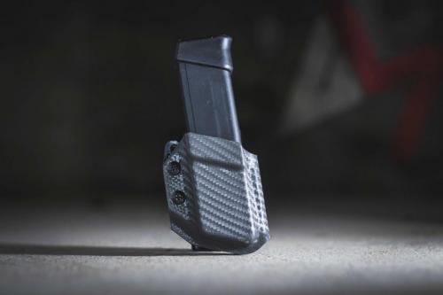 Blackgear Universal Mag Carrier